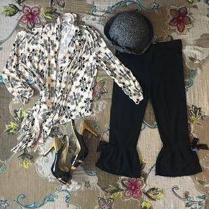 NWT Black Ruffle Pantaloons Capri S